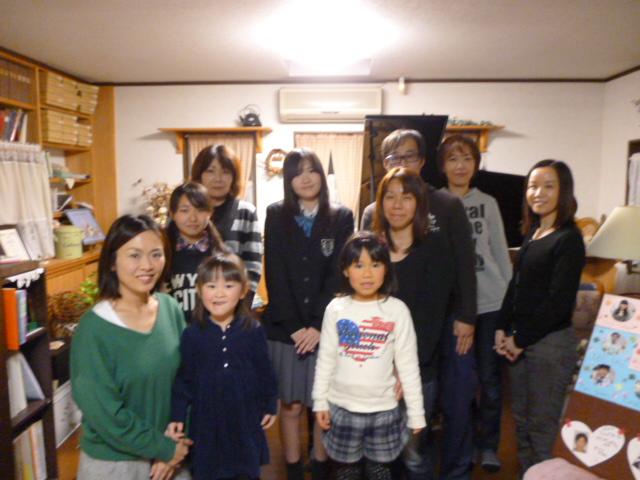 ピアノ弾き合い会(生徒・保護者集合写真)