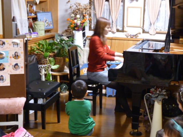 11.22 ピアノ弾き合い会2