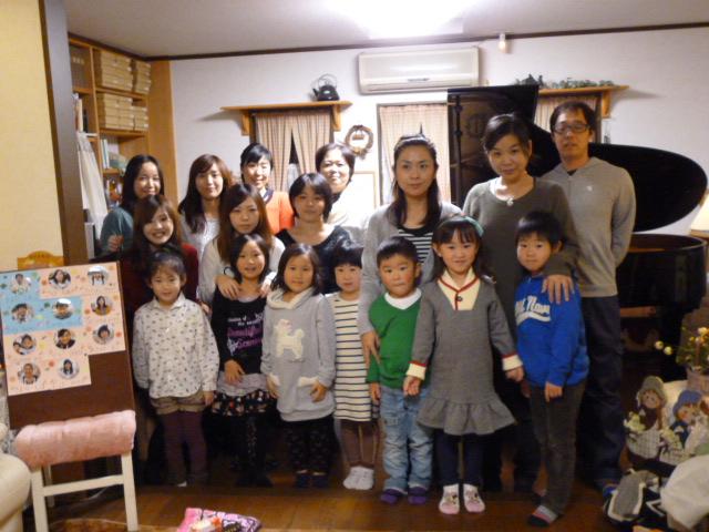 11.22 ピアノ弾き合い会5