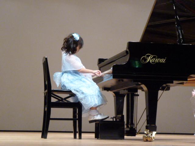 レーヴ・ジュールピアノコンサートh
