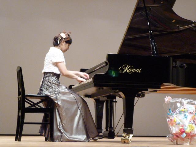 11.29 レーヴ・ジュールピアノコンサート 講師演奏