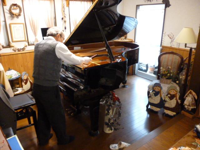 12.27 ピアノ弦修理1