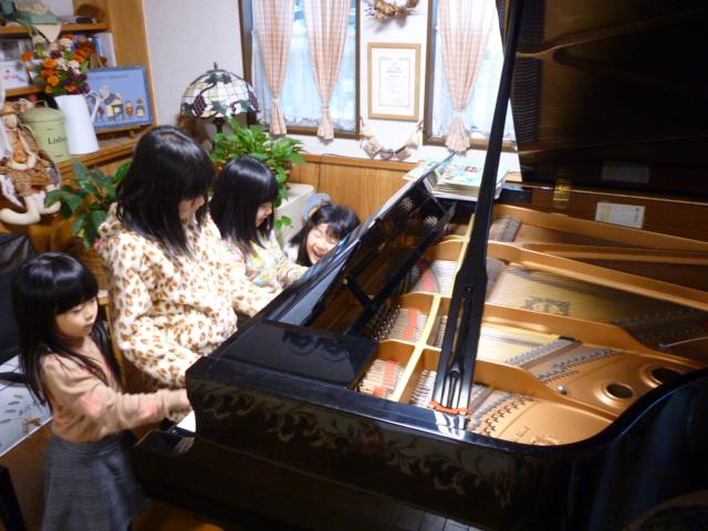 仙台市泉区のピアノ教室のブログ ピアノ争奪戦2