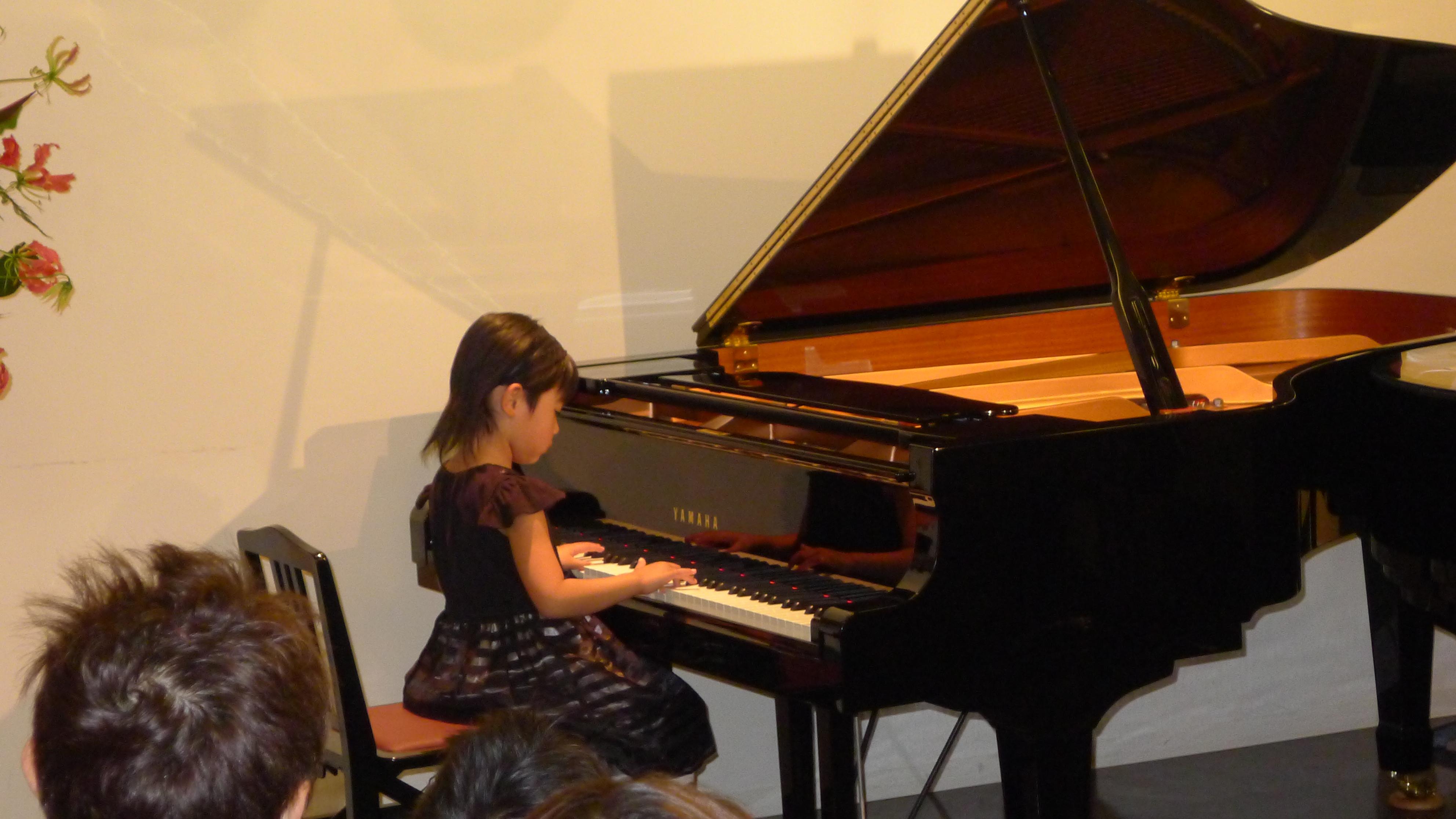 仙台市泉区北中山のピアノ教室 ピアノコンサートy1