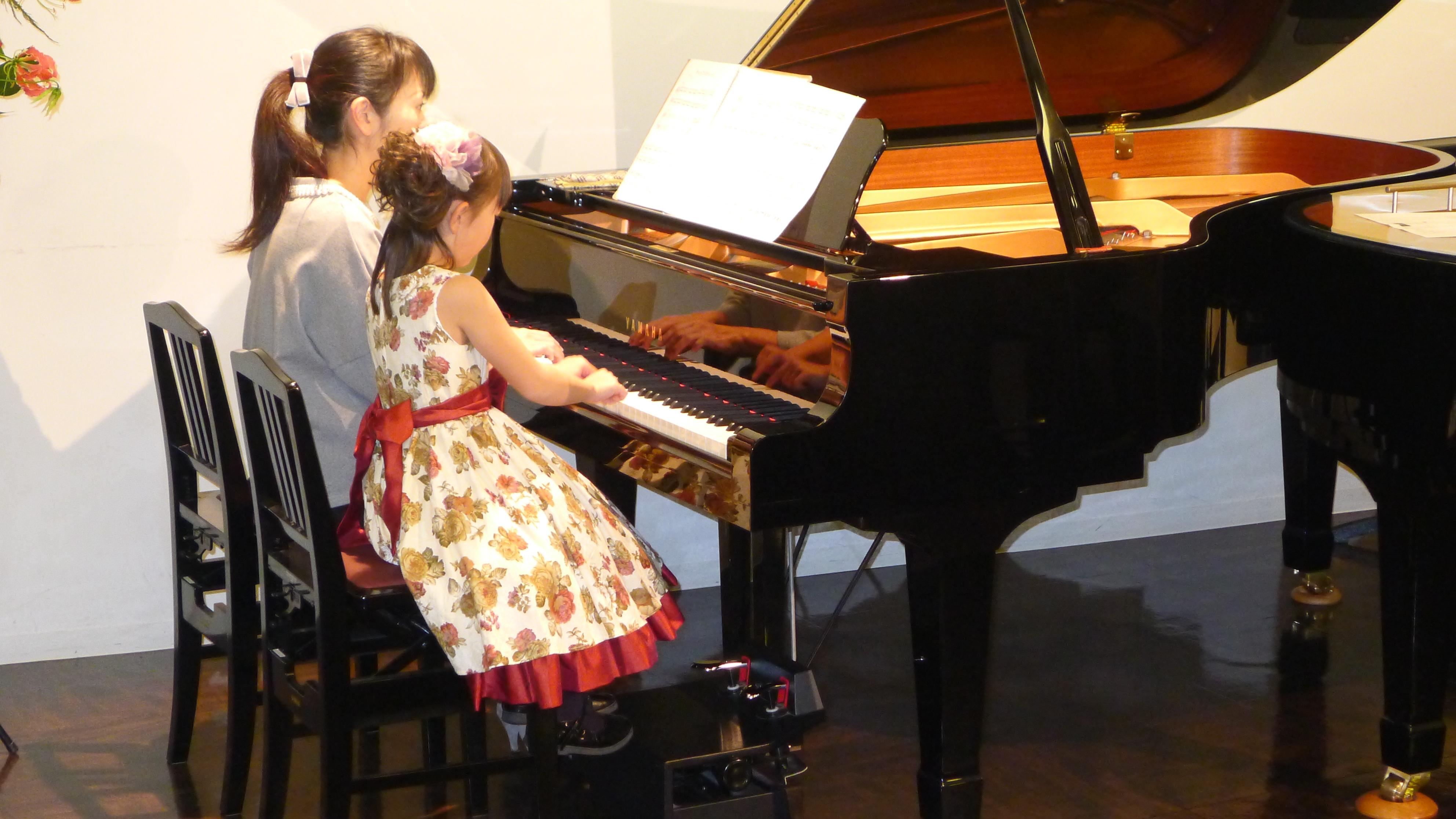 仙台市泉区北中山のピアノ教室 ピアノコンサート y2